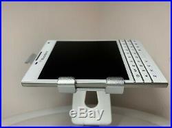 NEW BLACKBERRY PASSPORT Q30 -WHITE- 32GB (Unlocked) +-SUPER PHONE- ON SALE-