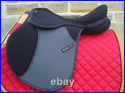 SALE Shires Hi Lite Self Adjusting Horse Synthetic GP Saddle 17 or 18 Inch