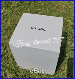 SUPER SALEBrand New CHANEL No5 Perfume Luxury Snow Globe Vip Gift